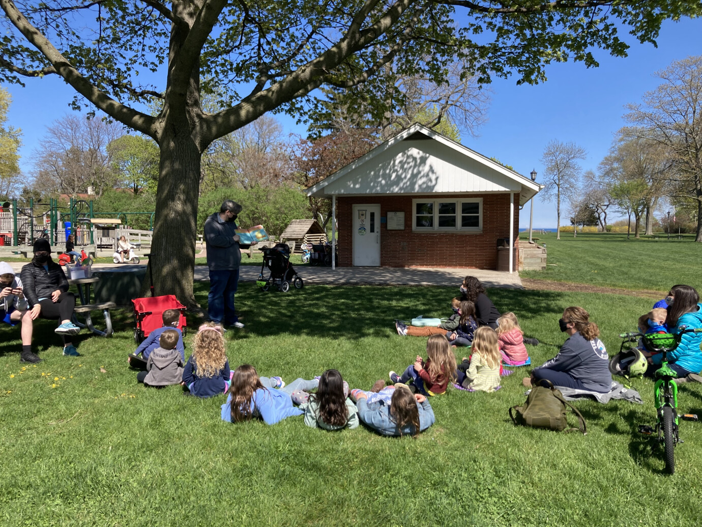 Sunday Worship in the Park